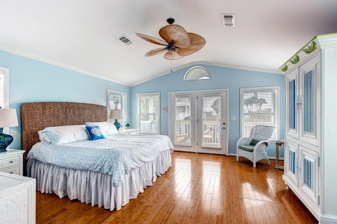 2 storey blue wooden villa (5)