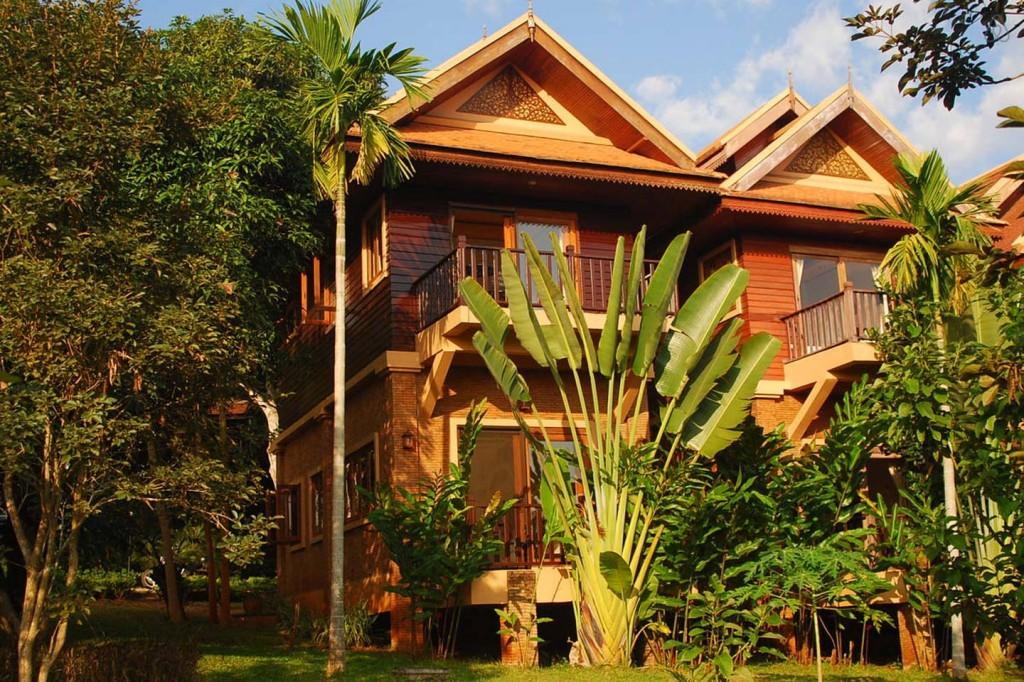 2 storey contemporary thai style villa (1)