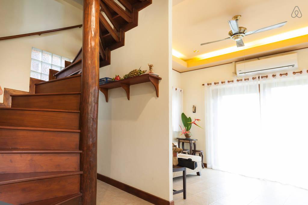 2 storey contemporary thai style villa (12)