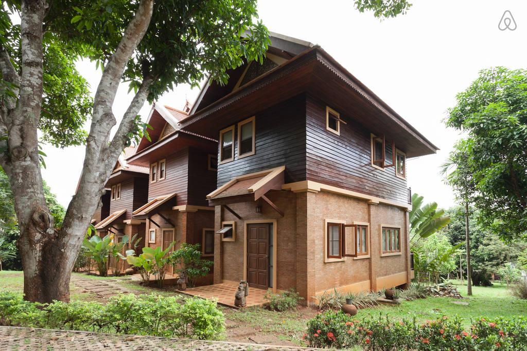 2 storey contemporary thai style villa (2)