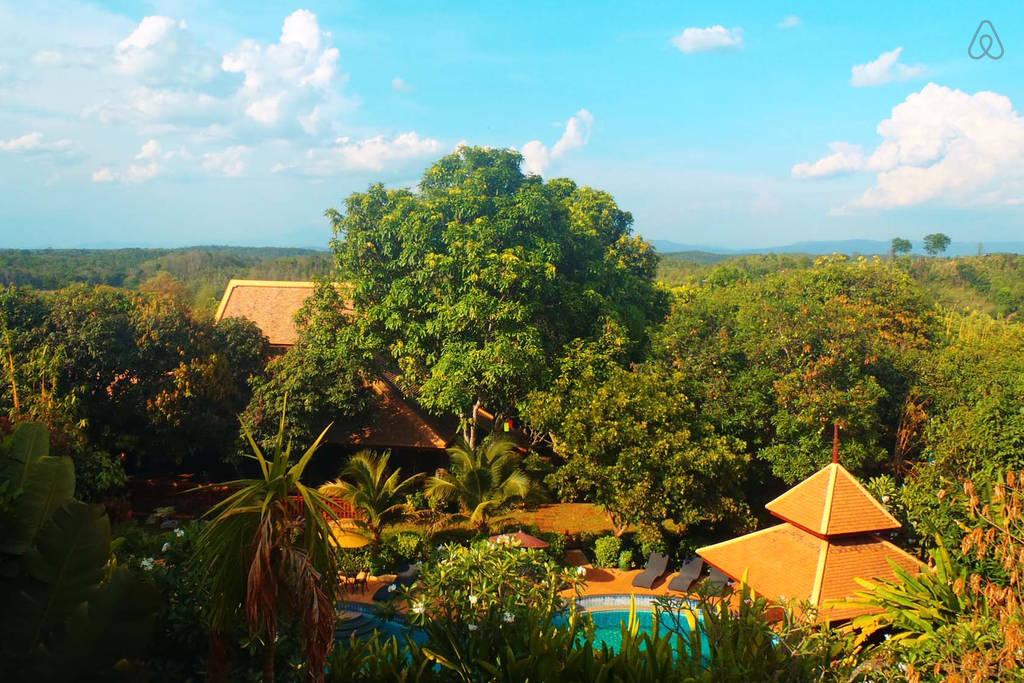 2 storey contemporary thai style villa (20)