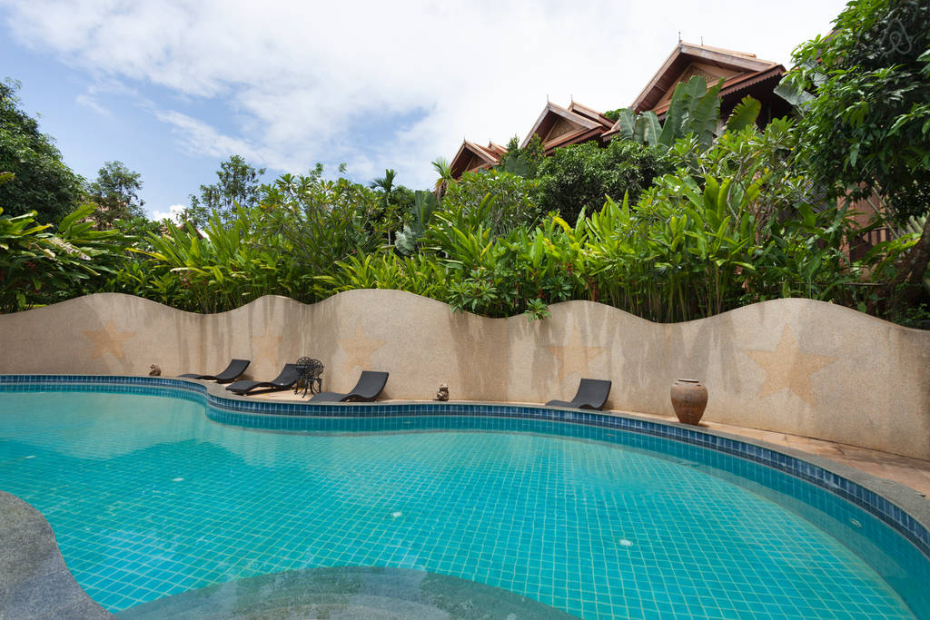 2 storey contemporary thai style villa (21)