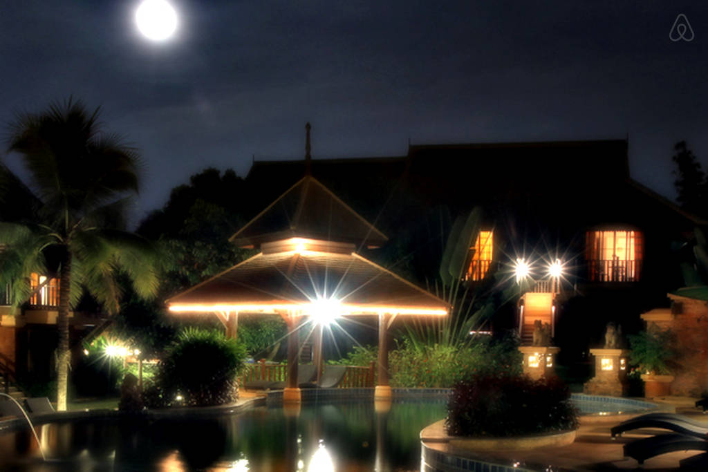 2 storey contemporary thai style villa (23)