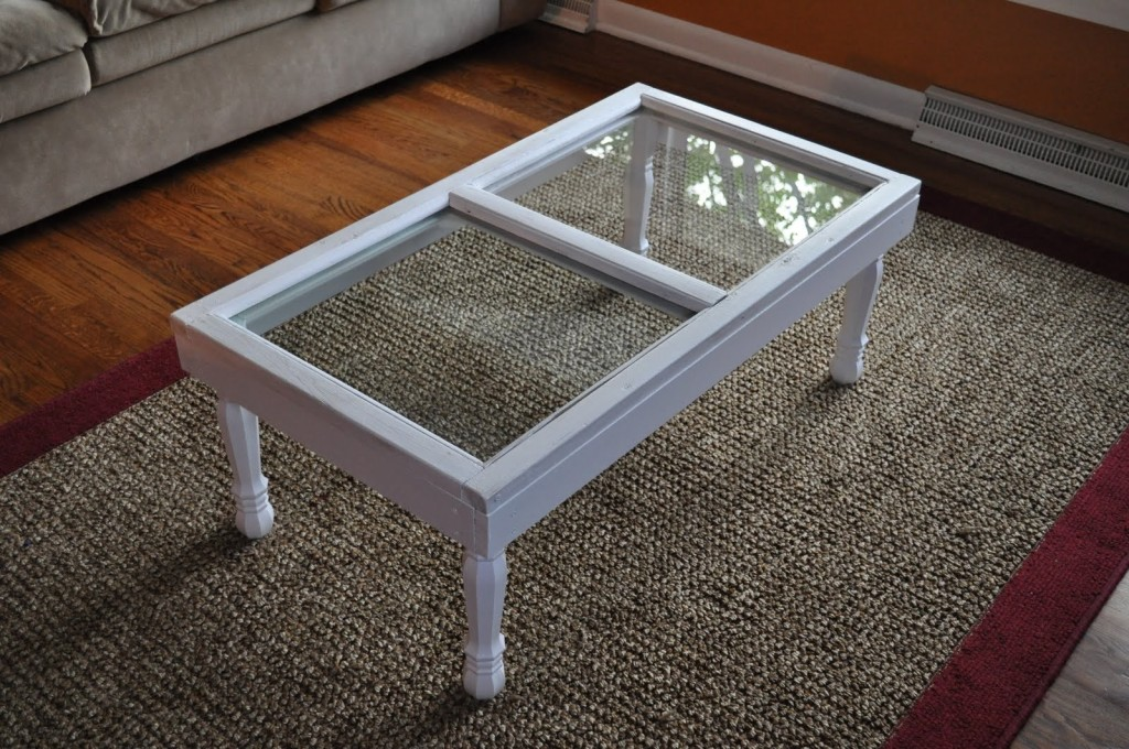 20-creative-diy-coffee-tables (2)
