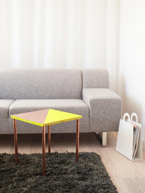 20-creative-diy-coffee-tables (3)