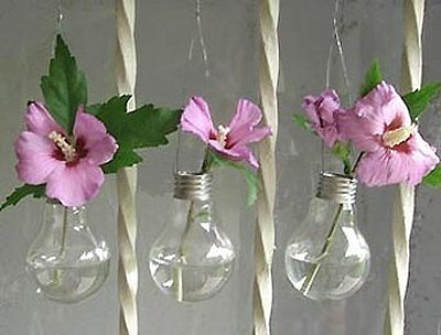21 creative-ways-to-repurpose-lightbulbs (4)