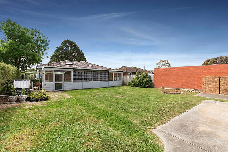 3 bed room brick house (10)