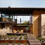บ้านพักตากอากาศยุคใหม่ ดีไซน์สร้างสรรค์ เพื่อบรรยากาศพักผ่อนแสนสบาย