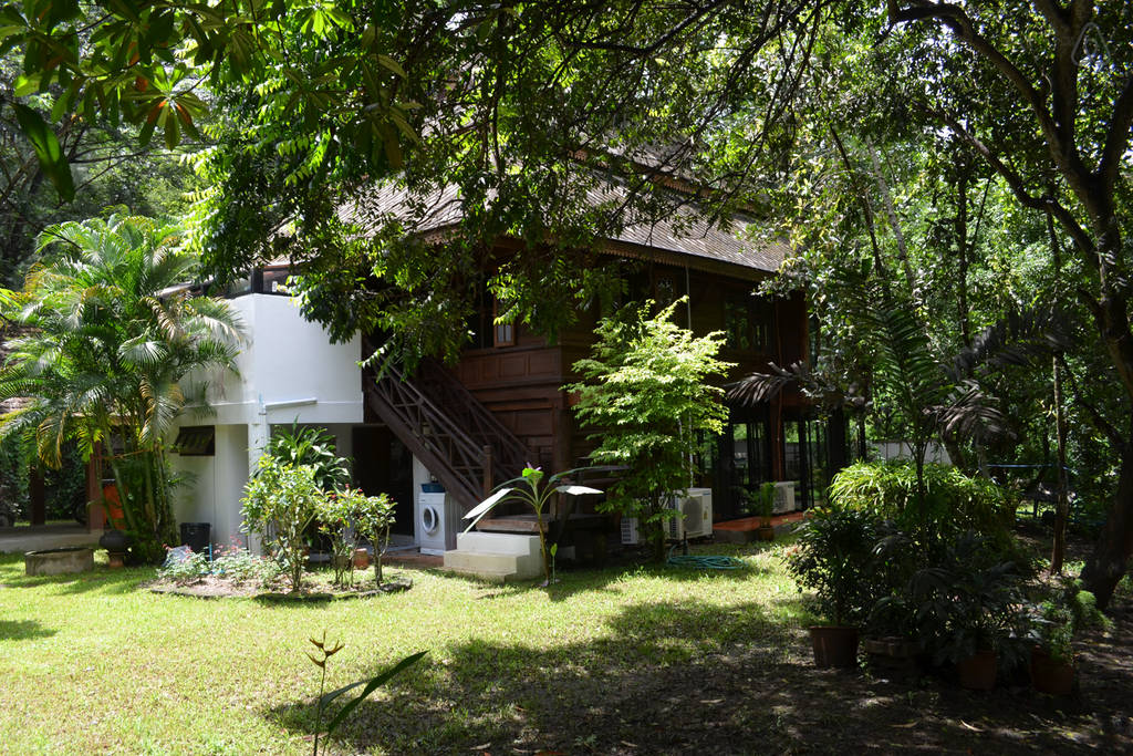 TRANQUIL COZY LANNA house (16)