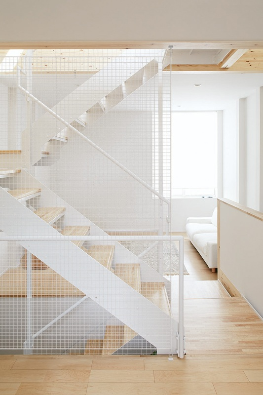 architecture-muji-vertical-house-japan (14)