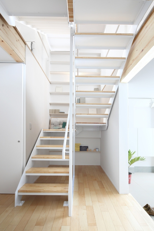 architecture-muji-vertical-house-japan (16)