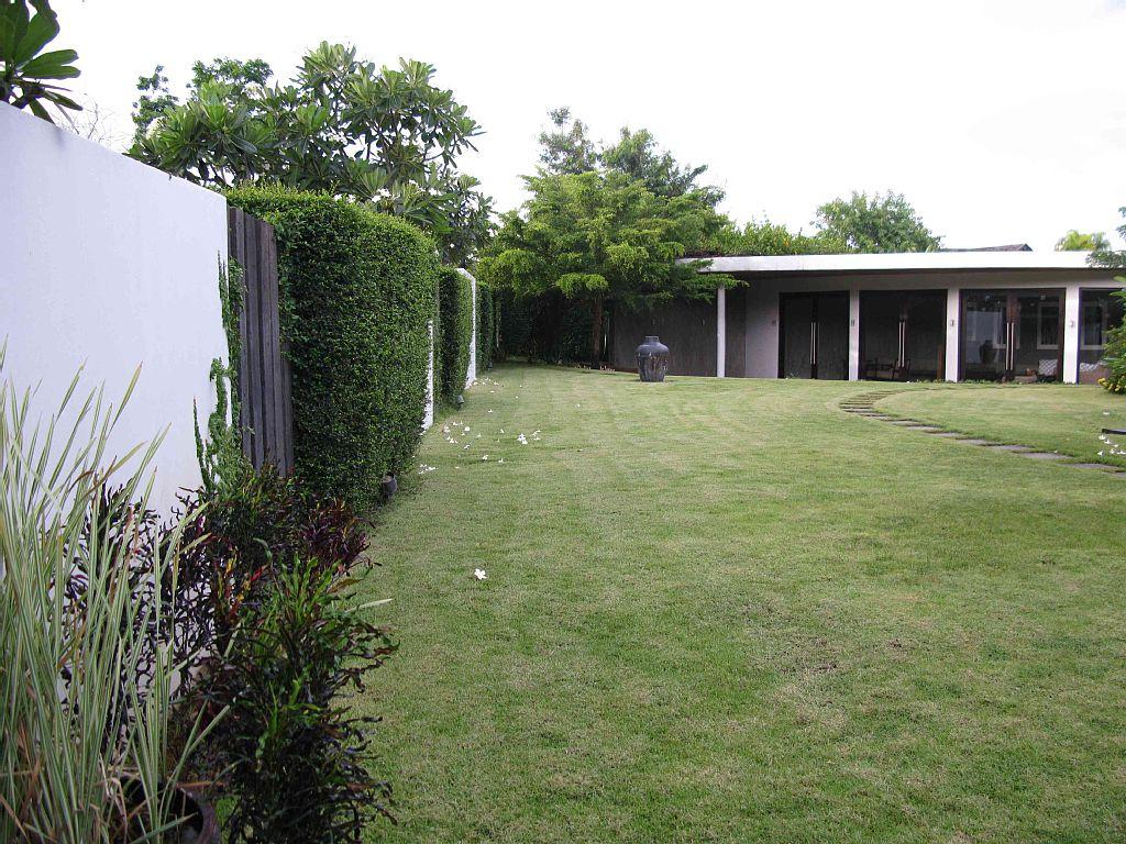 contemporary-natural-villa (2)
