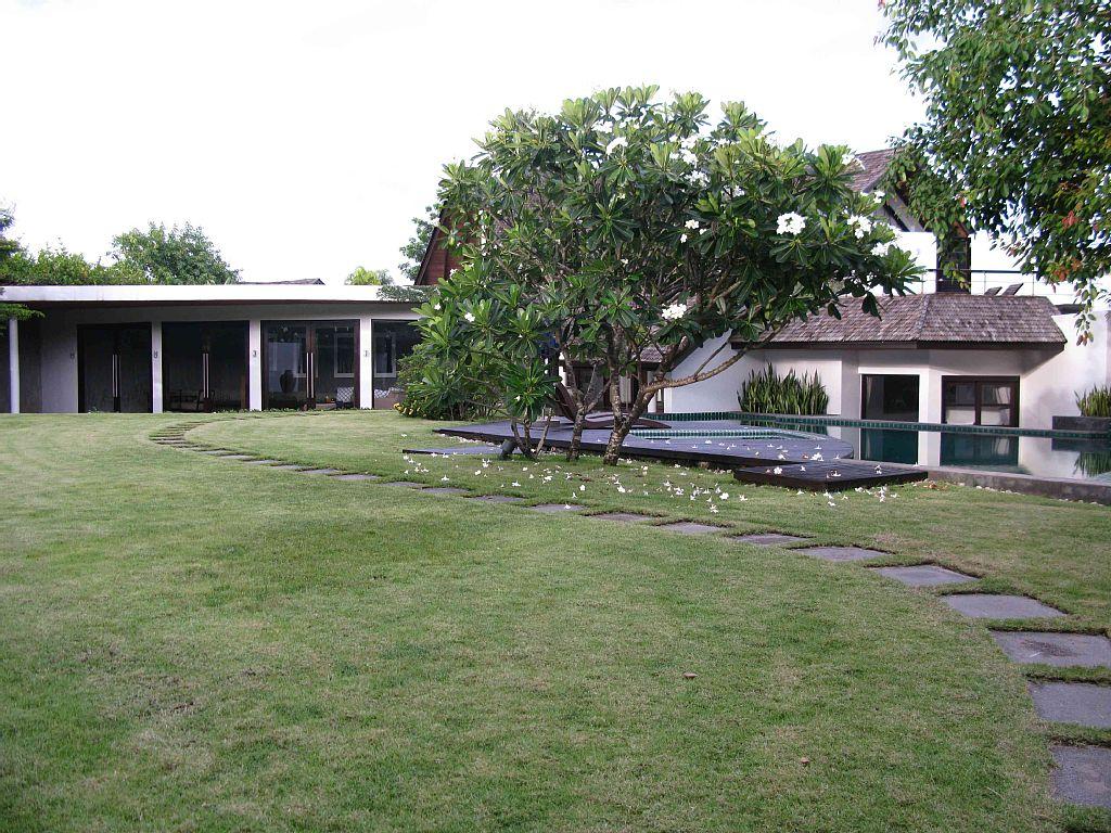 contemporary-natural-villa (3)