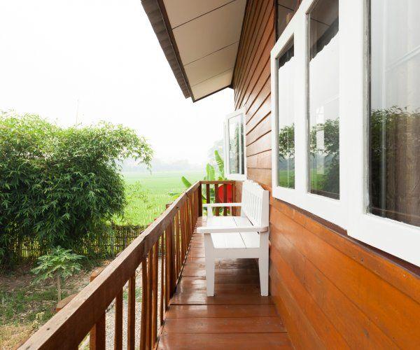 contemporary rural riverside house (5)