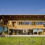 บ้านยุคใหม่ ดีไซน์ทันสมัย ตกแต่งอย่างเรียบหรูทั้งภายในและภายนอก