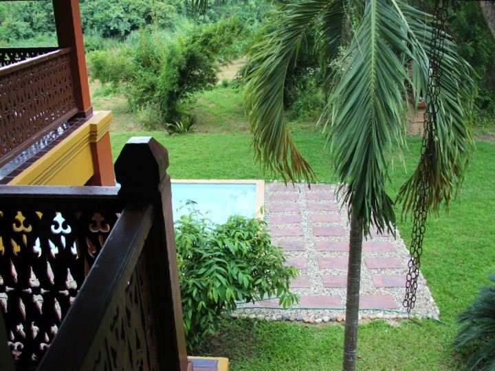 contemporary thai style house with pool (20)