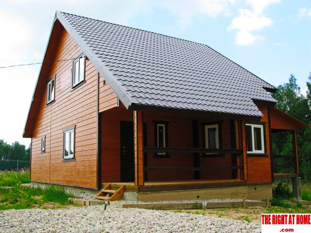 country wooden classical house (2)