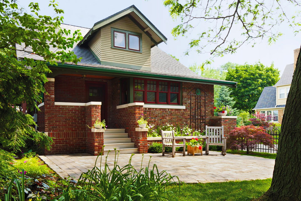family classical stylish bungalow (1)