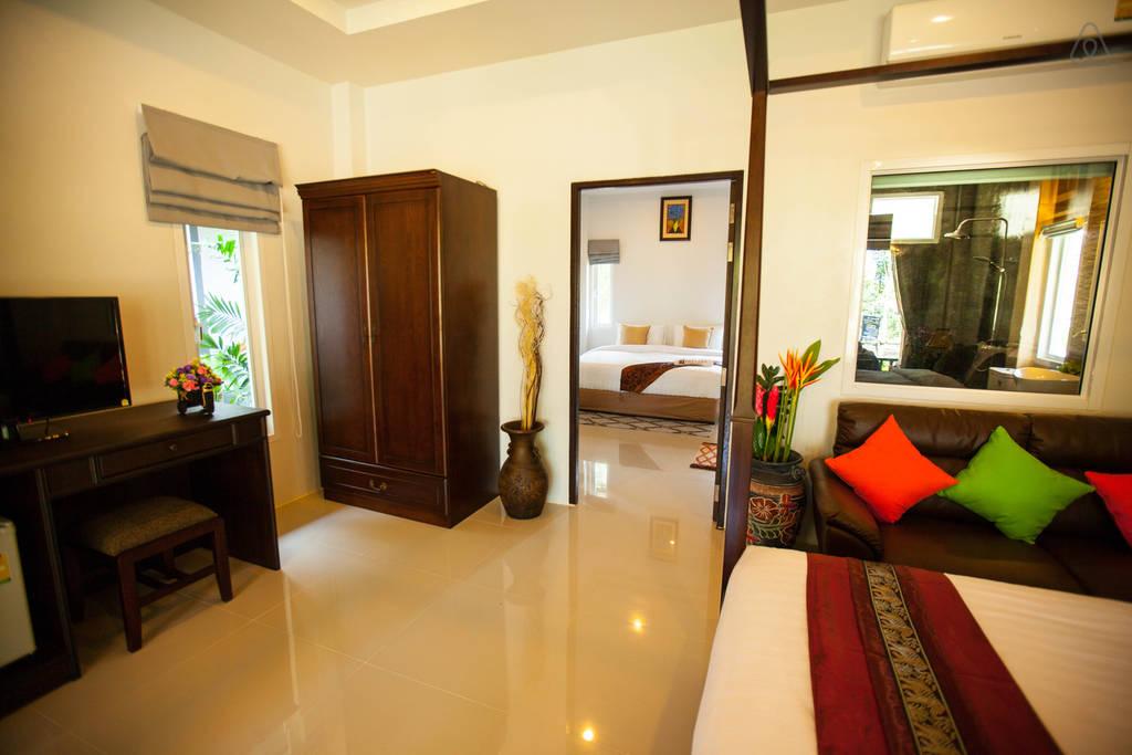 luxurious modern seaside villa (3)