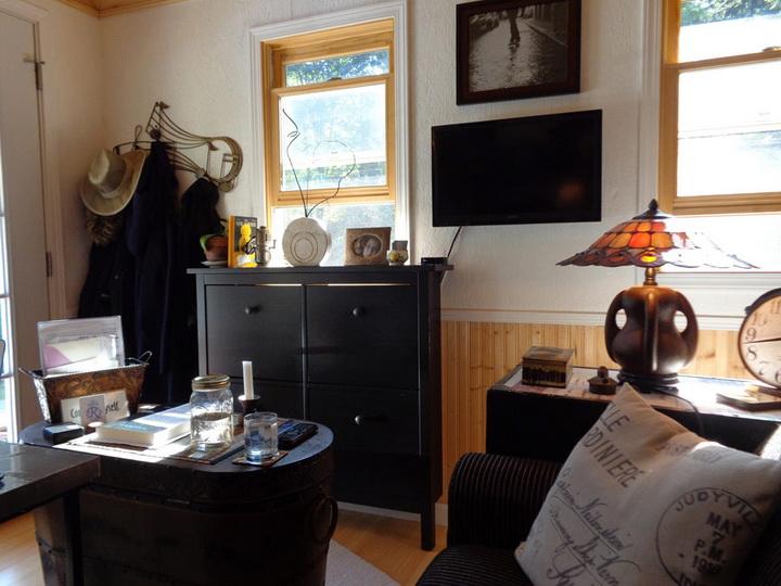 rainier-wooden-cottage (2)