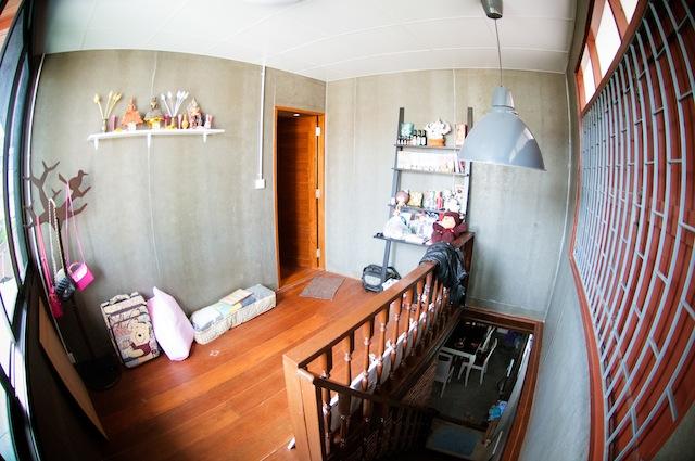 renovate concrete house to coffee shop (15)