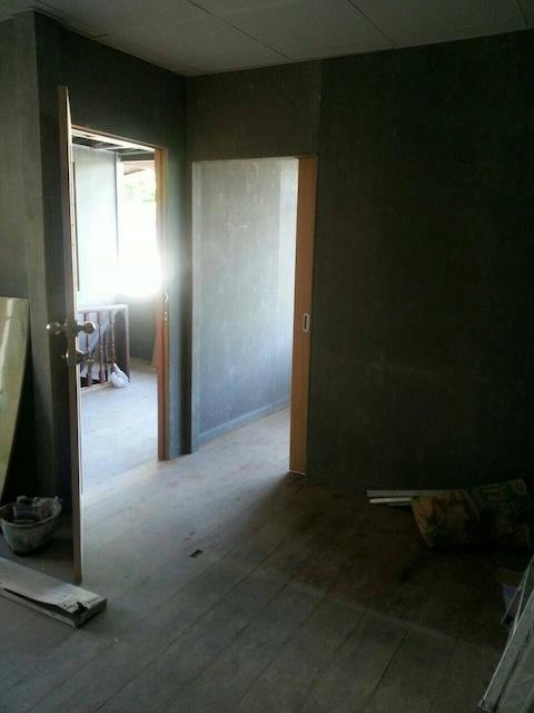 renovate concrete house to coffee shop (19)
