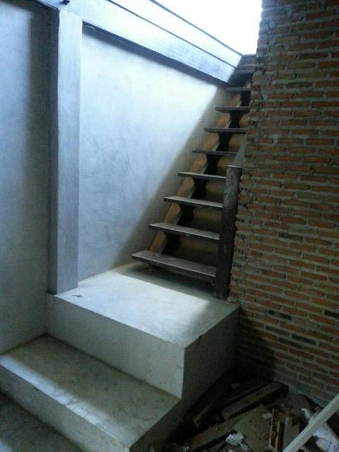 renovate concrete house to coffee shop (7)