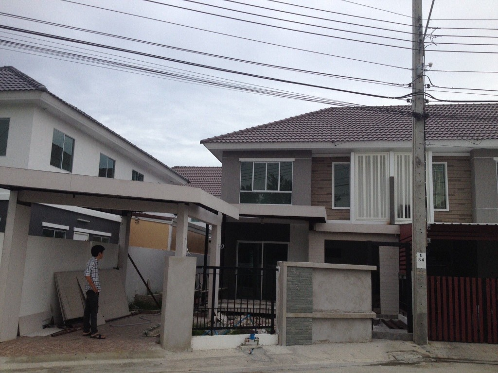 renovate-townhouse-to-single-family-house (17)