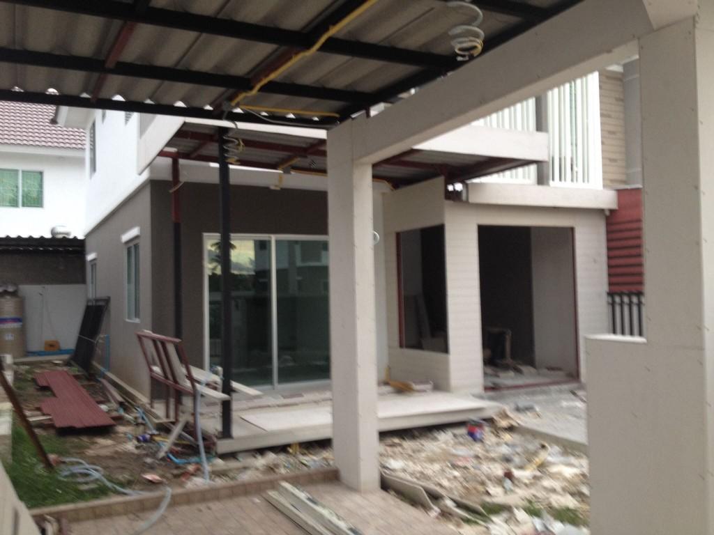 renovate-townhouse-to-single-family-house (18)