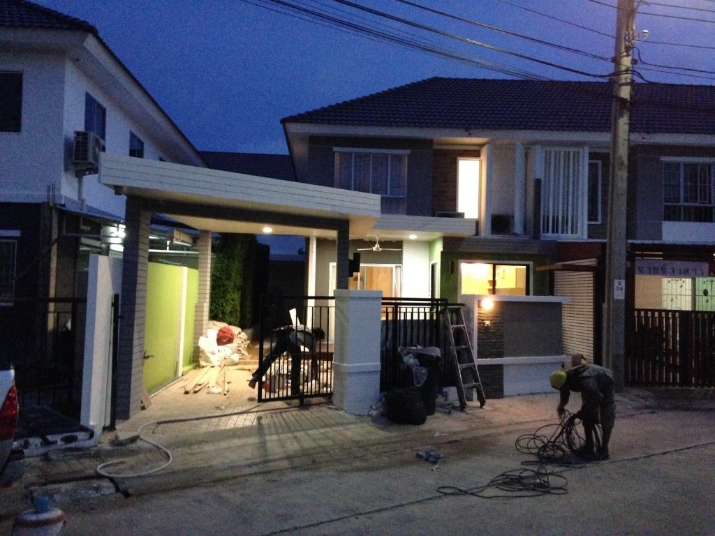 renovate-townhouse-to-single-family-house (47)