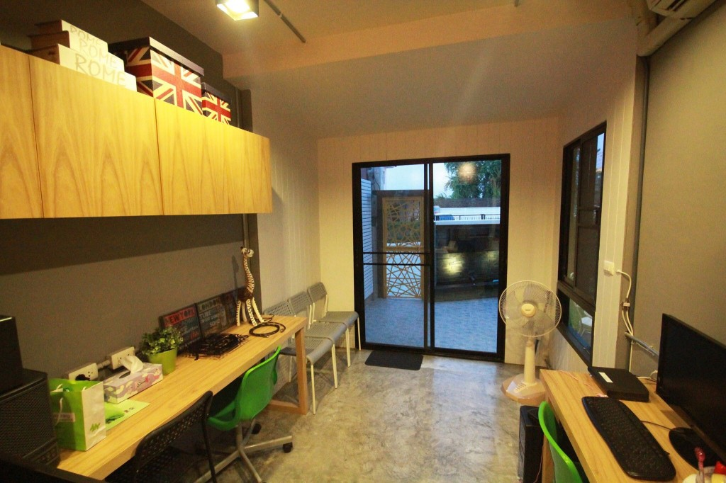 renovate-townhouse-to-single-family-house (56)