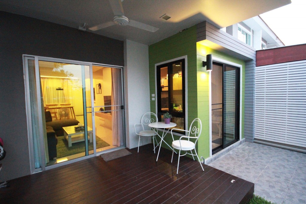 renovate-townhouse-to-single-family-house (57)