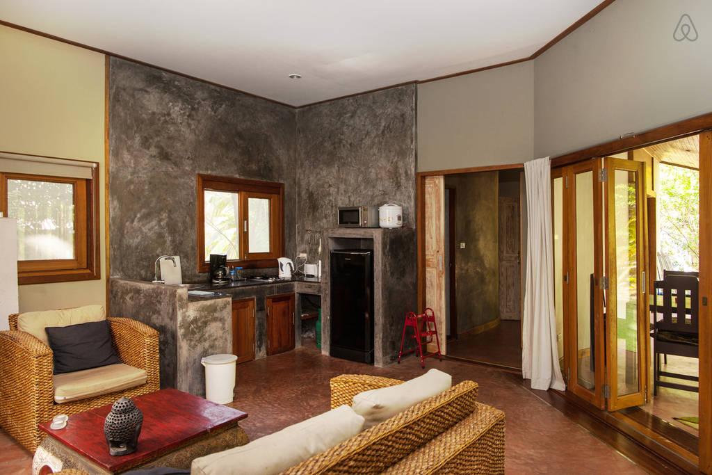 simple wooden white villa (3)