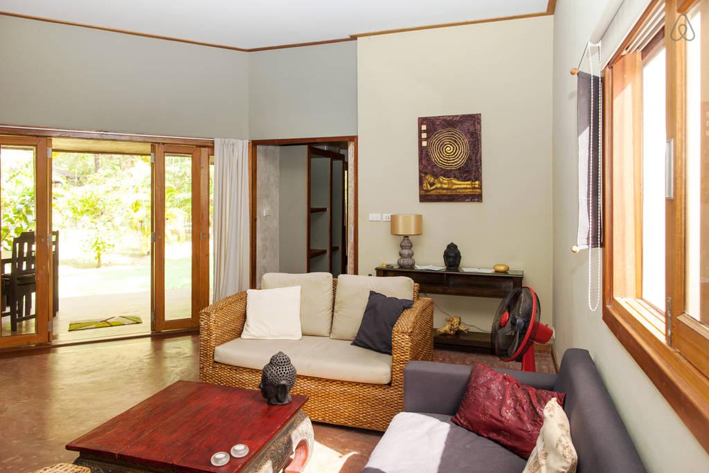 simple wooden white villa (5)