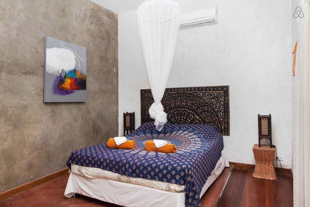 simple wooden white villa (8)