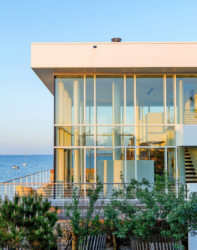 spectacular-water-view-modern-house (3)