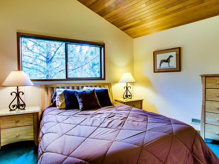 sunriver loft contemporary house (15)