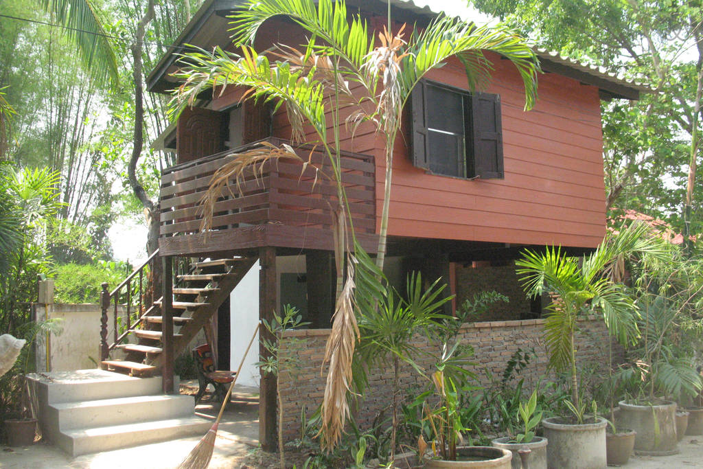 teak house in cm (13)