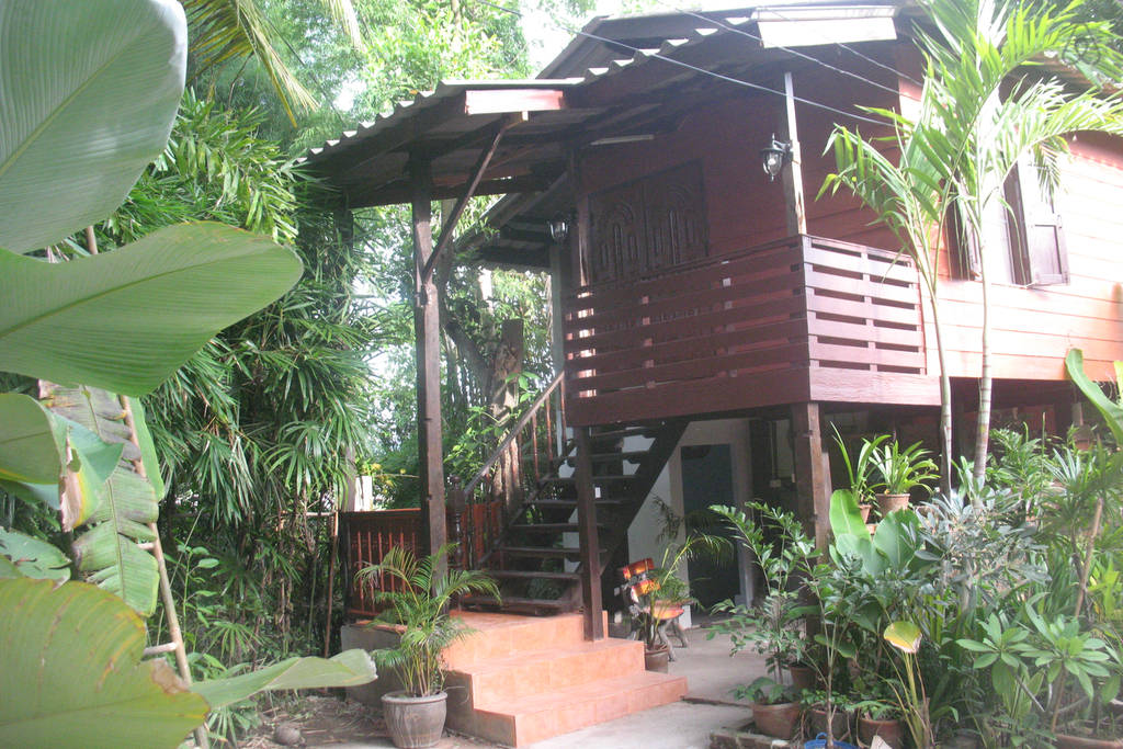 teak house in cm (21)
