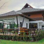 บ้านทรงไทยประยุกต์ มีเฉลียงกว้างโปร่ง เน้นฟังก์ชันพักผ่อน พร้อมการตกแต่งอย่างสวยงามมีเสน่ห์