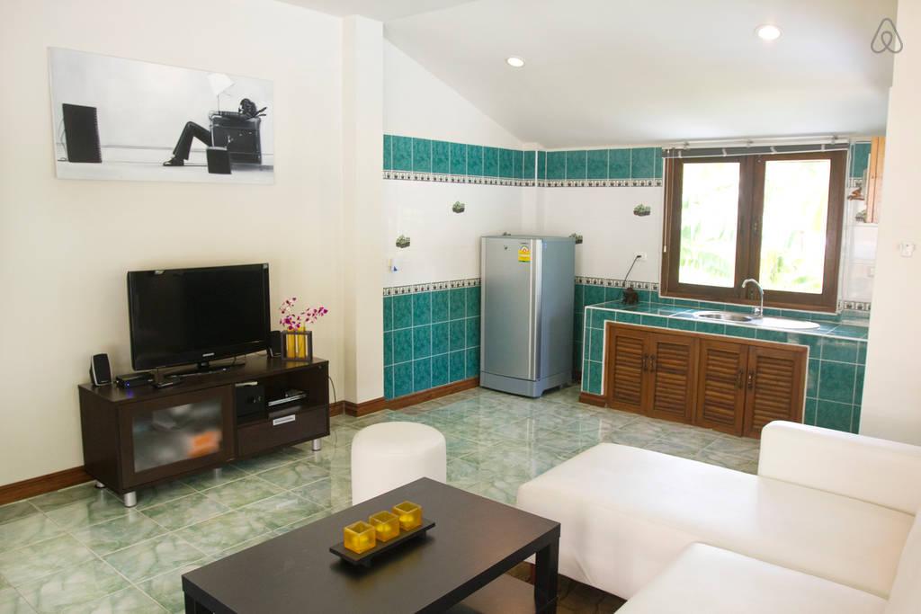 thai contemporary pool house (4)