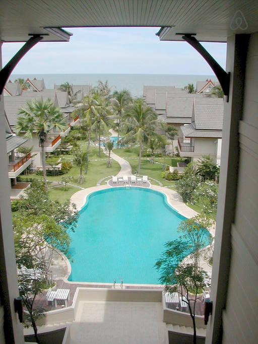 thai contemporary resort (24)