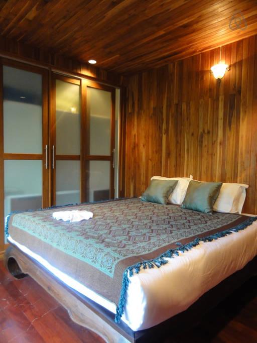 thai oldschool cabin in present life (2)
