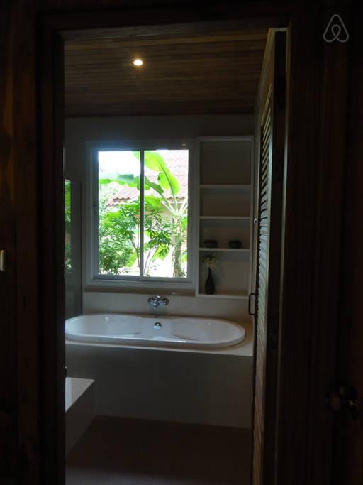 thai oldschool cabin in present life (8)