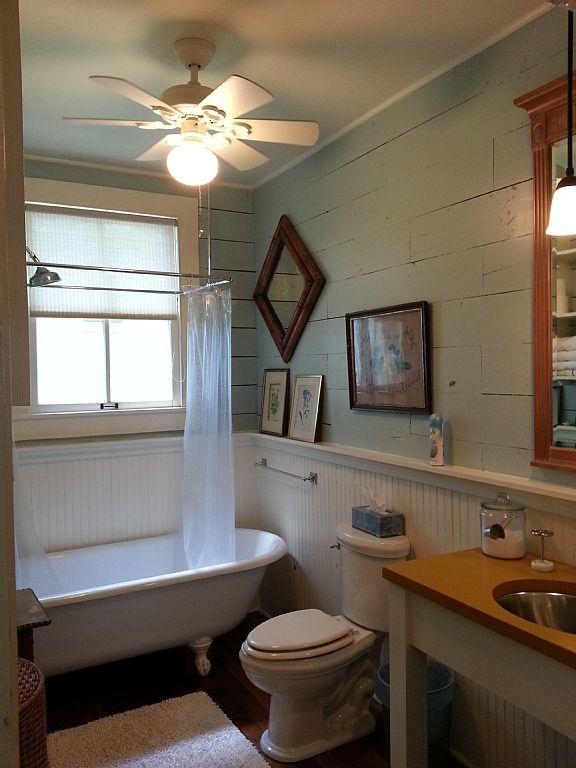 white cozy cottage (19)