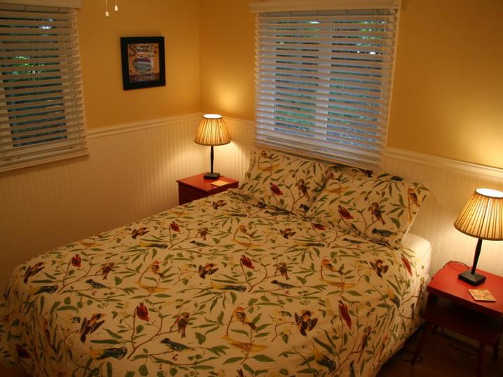white cozy family cottage (10)