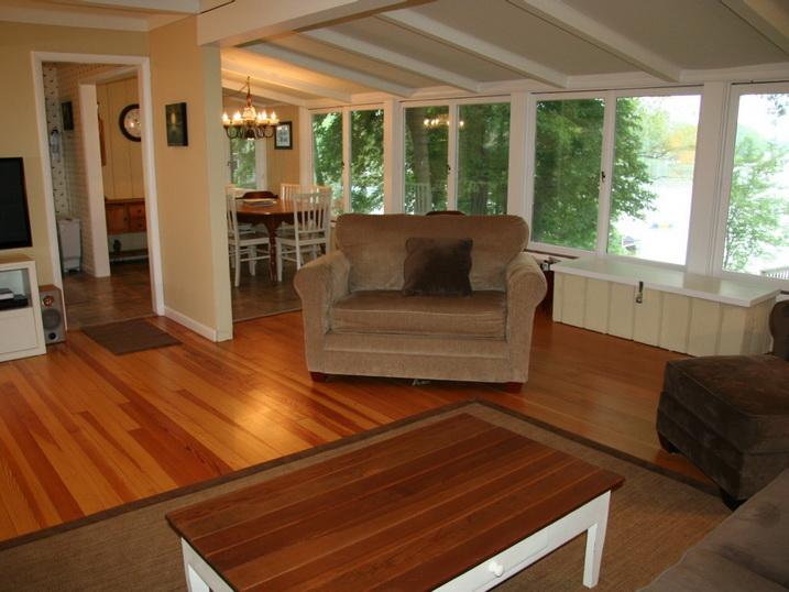 white cozy family cottage (6)
