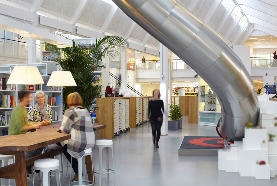 12 coolest offices in the world (44)
