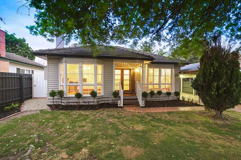 1floor classic white cottage (1)