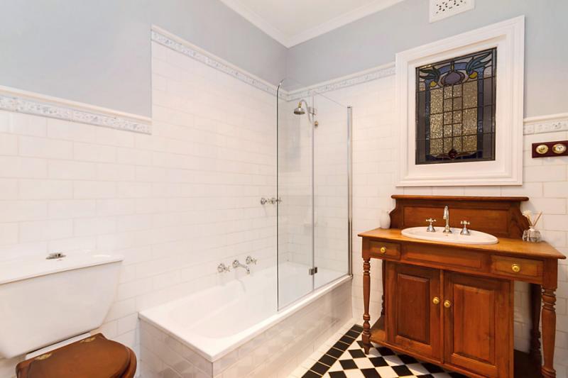 1floor classic white cottage (11)